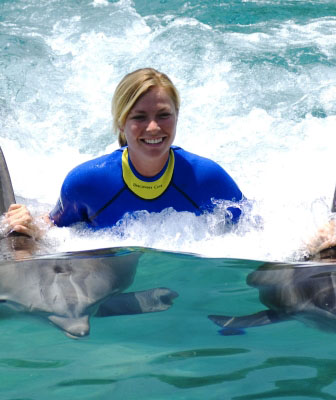 Swimming with dolphins – DOLPHIN BAY ATLANTIS